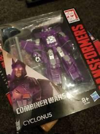 Transformers combiner wars cyclonus