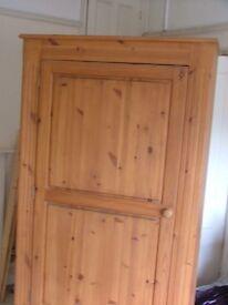 Wardrobe pine with drawer under
