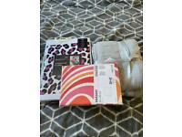 Bed in bag , bath towels & 2 pillow slips