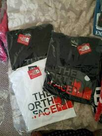 Northface mens tshirts xl new bargain £10 Each or 3 for £25