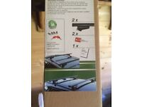 Roof rack to fit AUDI Q3 plus other cars with similar roof new in box