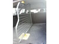 dog guard and divider with floor mat