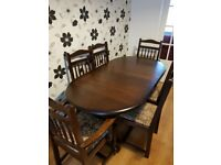 Dark Oak Dining Room Table and 6 Chairs.