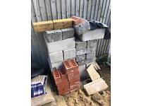 Building brinks & blocks for sale. Mostly Thermalite & breeze blocks.