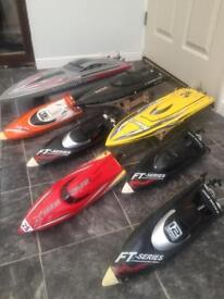 8 x rc boats