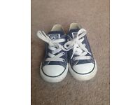 Kids Converse trainers size 7