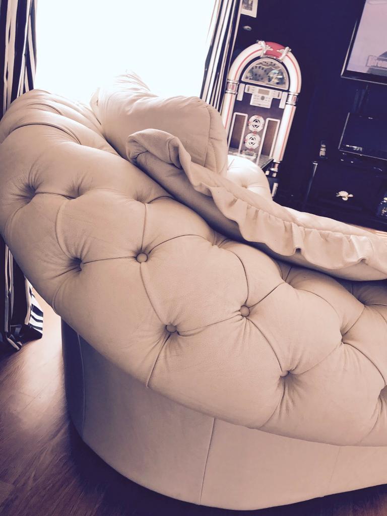 Chesterfield style armchair in cream Italian leathee