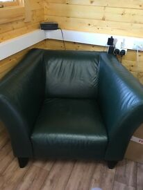 A fantastic 3 seater leather sofa and matching armchair in great condition , collect only