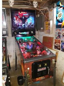 Rob Zombie Pinball Machine Like New Mint! #295 of only 300 made!