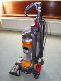 Vacuum Cleaner Dyson DC24 All Floors