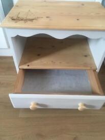 🌟Solid pine cabinet unit 🌟