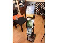 Foldable Magazine Stand