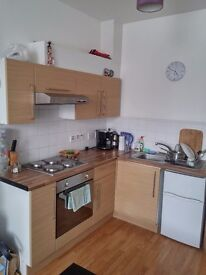 Large furnished STUDIO near seafront. Council tax & water inc.