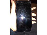 Cracked iPhone 7 Plus