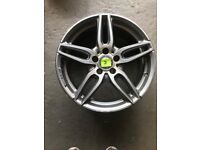 Mercedes Benz 18 inch AMG alloy 2/4