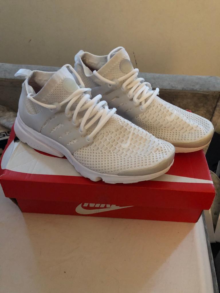 41d71f731100 Nike air presto size 9