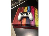 Ps4 500GB comes with Controller and pre installed Games see ad description