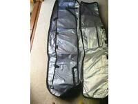 Snowboard carrier bag