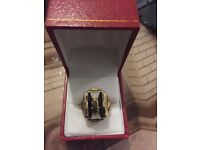 Heavy gents 9ct gold ring.