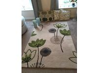 Matching rug, cushions and lamps