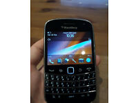 Blackberry bold 9900 UNLOCKED