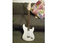Chord Strat Copy Artic White