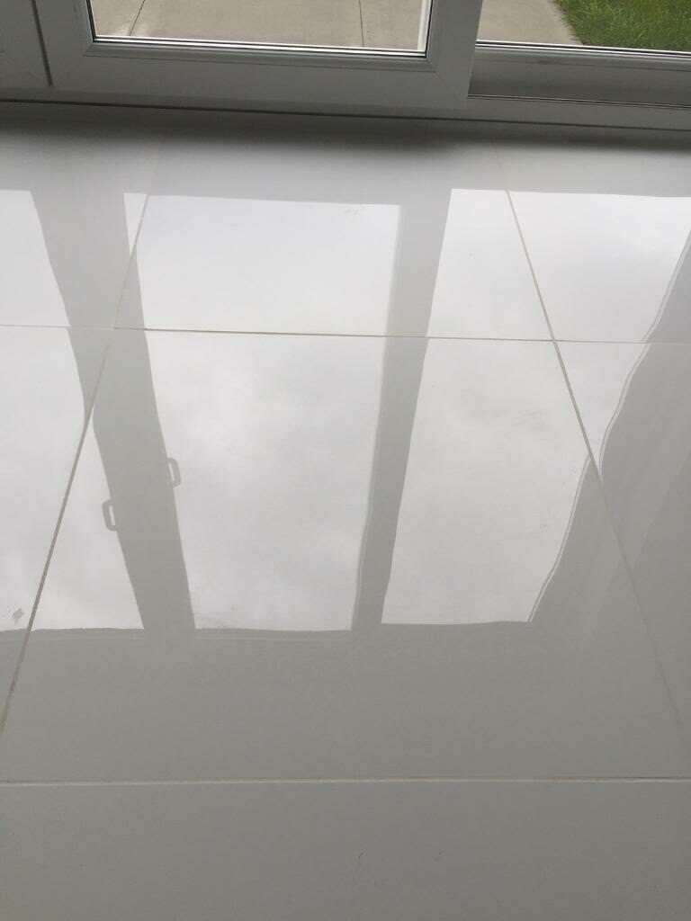 Super White Polished Porcelain Floor Tiles In Kirkintilloch