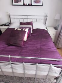 Purple pink double kingsize throw bedspread and cushions