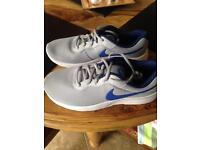 Nike trainers size 5 brand new.