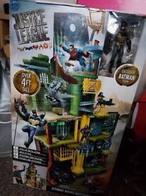 DC Justice League with Batman figure