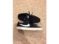 Size 3 Nike SB