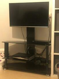 Black glass Tv stand £15 ono bargain!!