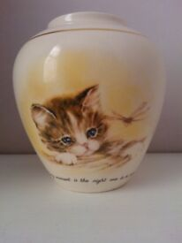 Small Cat vase from Crown Devon
