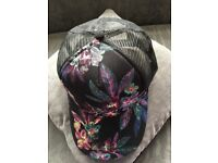 Unisex floral fashion baseball cap, black base with mesh net and floral design
