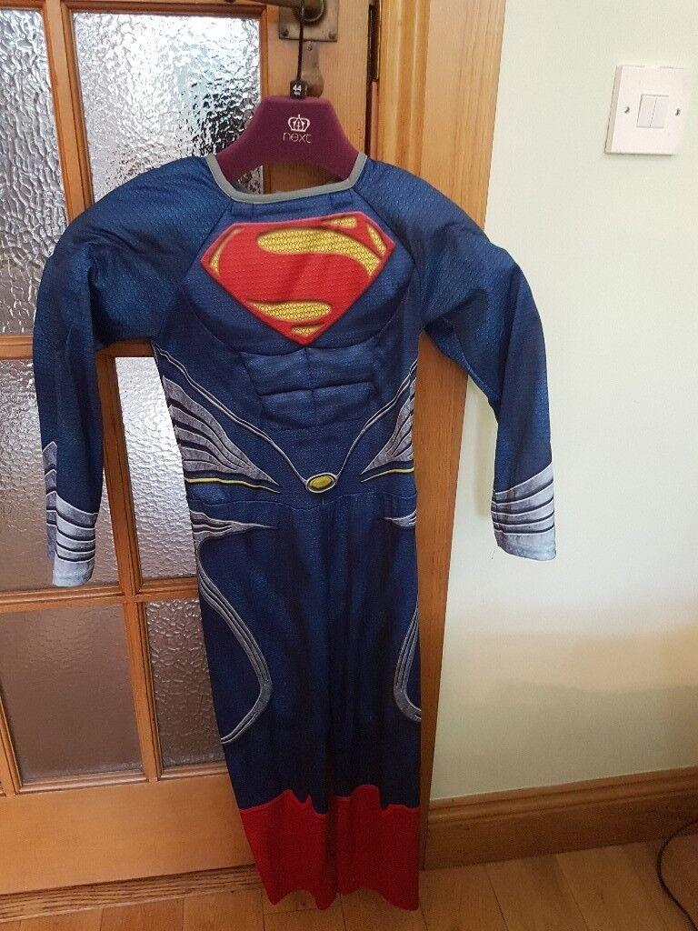 Superman costume aged 7/8