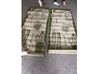 2 matching rugs for sale £15!