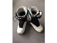 Solomon Pledge Size 8 Boots