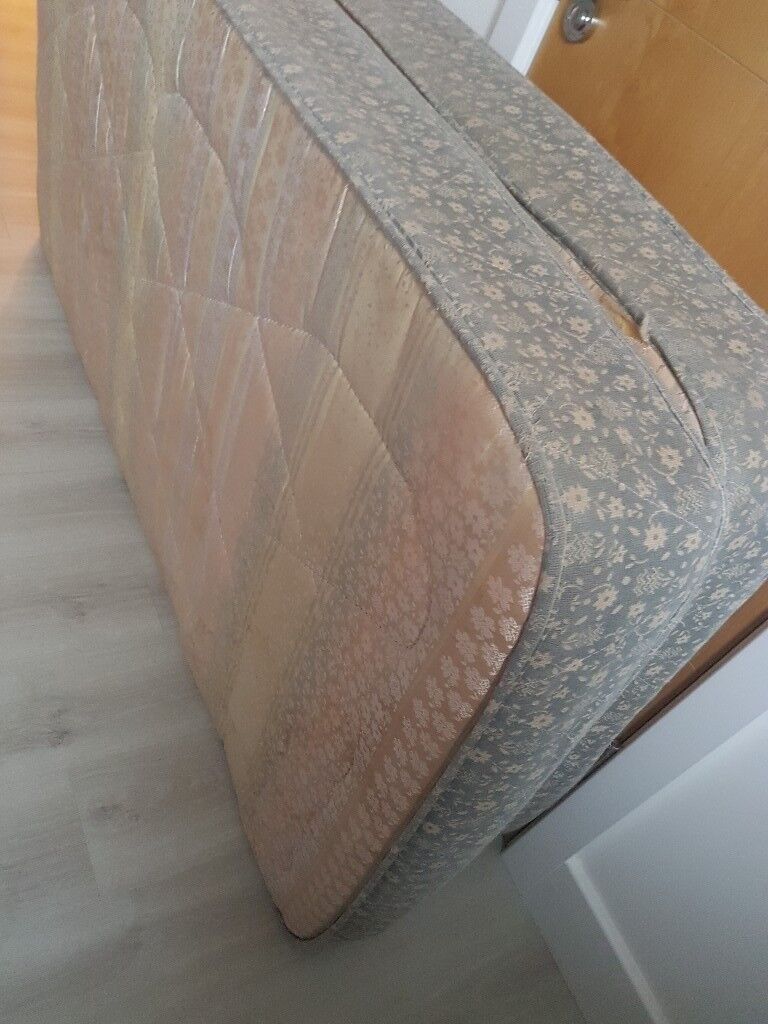 half off 03524 5535e Single bed mattresses used one normal size and other top ...