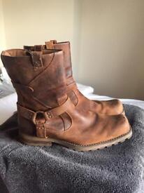 mens sketchers boots