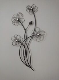 FLORAL METAL WALL ART IN PERFECT CONDITION, PURCHASED FM URBAN HOMES,WAYFAIR