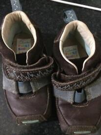 Clark's first Shoes Size 4