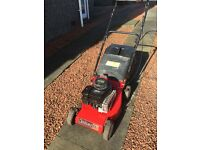 Champion lawnmower Classic 35 with briggs and stratton engine