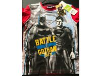 Batman vs Superman Battle for Gotham City T-Shirt - Red - Age 10yrs - £5.50 - Brand New with Tags
