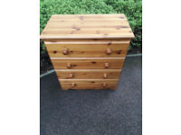 Solid pine 4 drawers chest