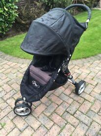 Black Baby Jogger city mini