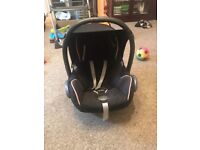 Maxi cosi car seat & base