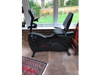 Non electric recumbent life fitness R7i exercise bike