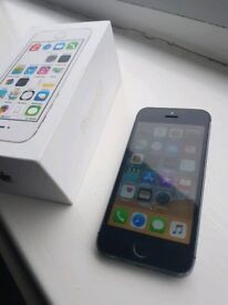 APPLE IPHONE 5S BLACK AND MINT WITH BOX ON EE, T-MOBILE AND ORANGE NETWORK 16GB