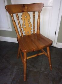 Pine table and 4 pine chairs