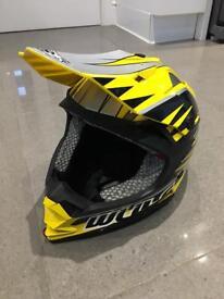 MX MOTOCROSS HELMET Wulf sport Adults
